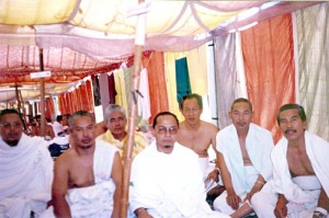 Wed March 15, 2000 (9 Dzulhijjah 1420). Me and roommates inside our Arafah tent, during the Wukuf period.